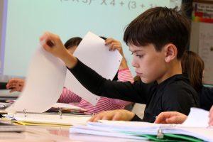 Isilah kegiatan belajar membaca dengan lagu anak