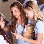 Tanda Anak Jadi Korban Bullying
