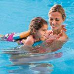 Mengajari Anak Berenang